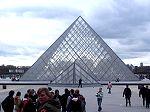 Die Glaspyramide der 'Cour Napol�on'