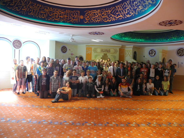 Gruppenphoto Moscheebesuch SAD